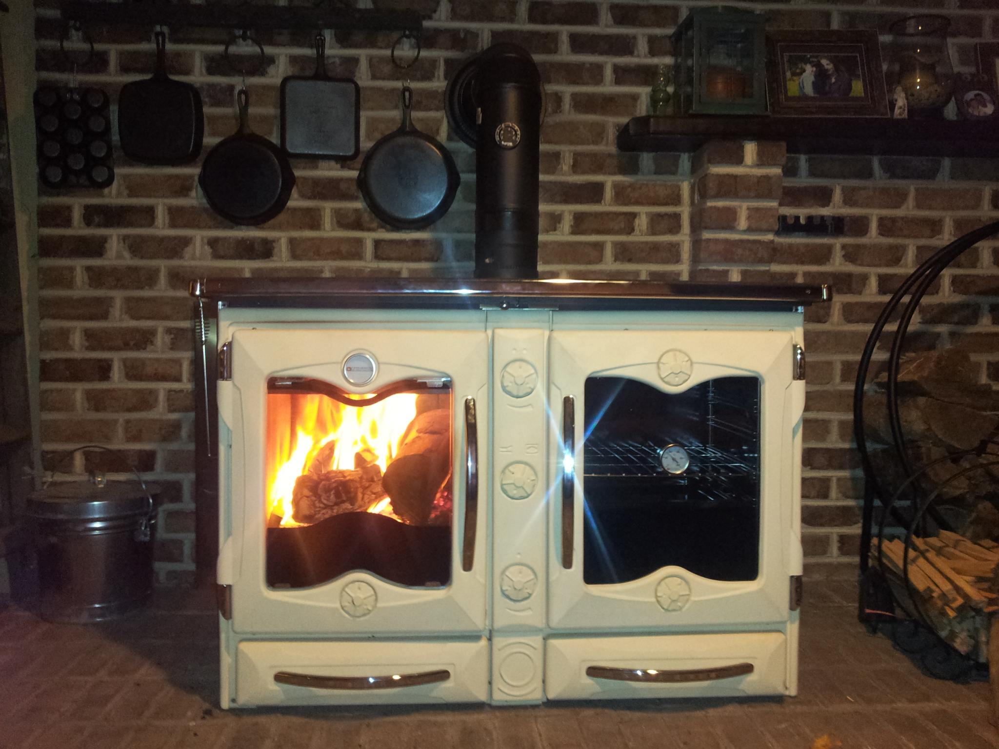 What To Look For When Shopping For A Wood Cook Stove