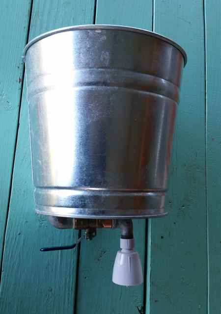 camping-shower-bucket2